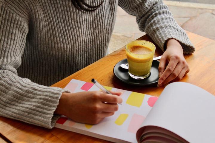 【志望動機例文つき】営業(有形商材)からリフォーム営業に転職する際の履歴書の書き方